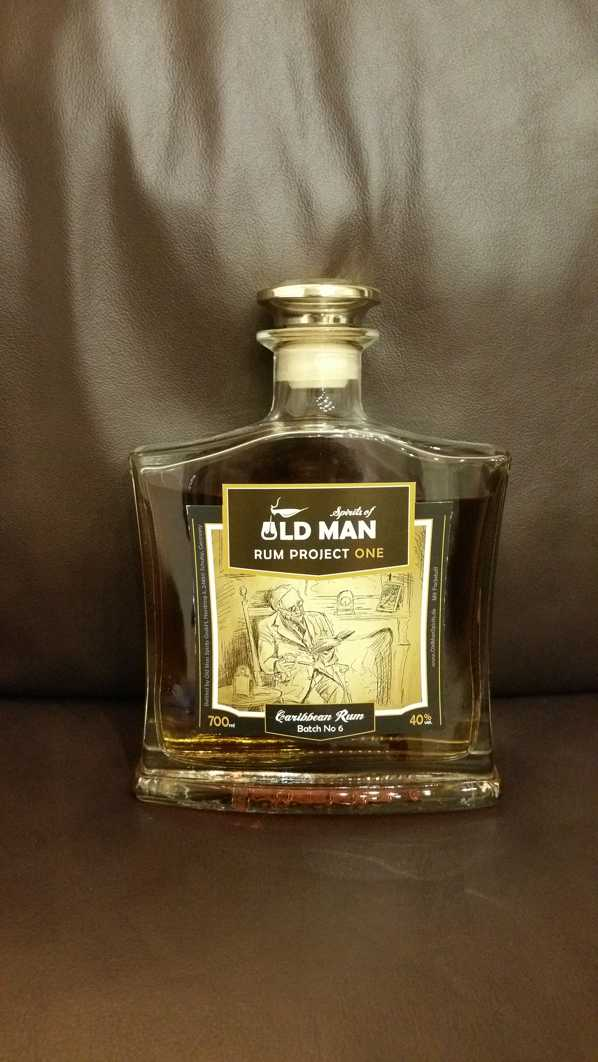 Spirits of old Man Rum Project One front weit