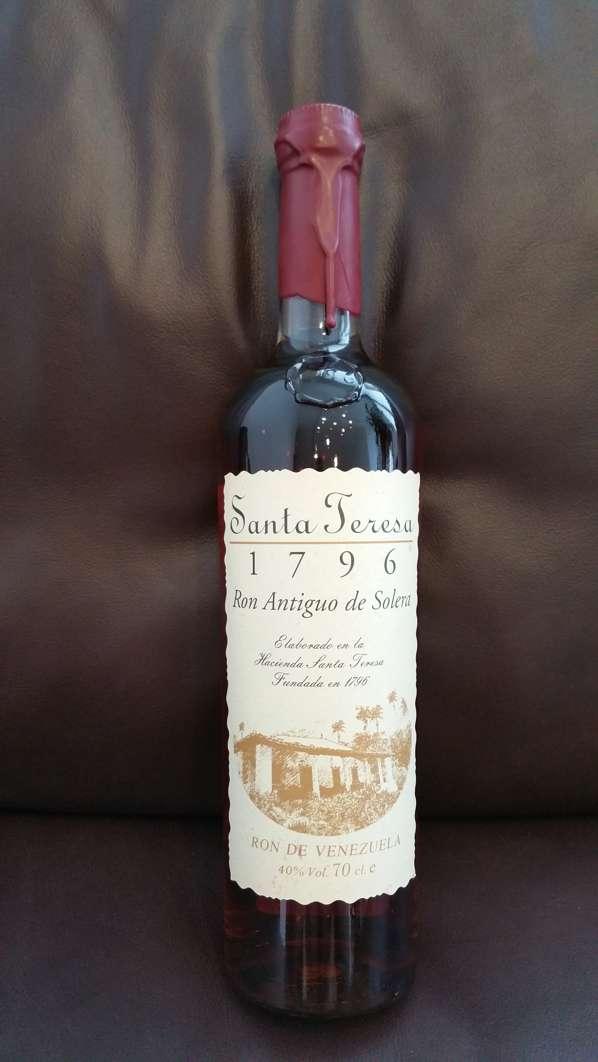 Santa Teresa 1796 Rum Flasche front