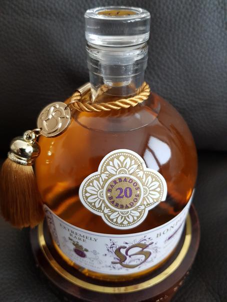 Bonpland Rum Barbados 20 Jahre Deckel 2