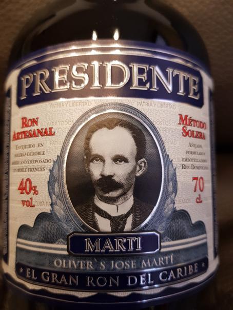 Presidente Rum 23 Jahre front nah