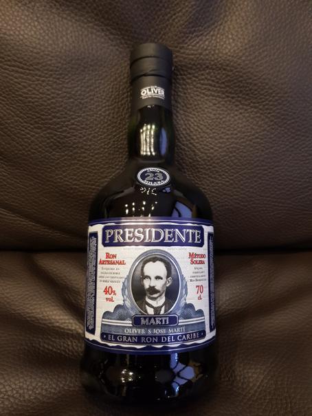 Presidente-Rum-23-Jahre-front